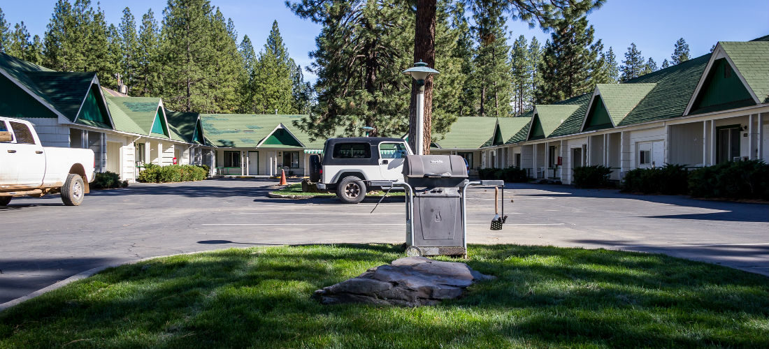 Green Gables Motel Suites